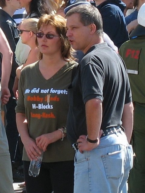 19.8.2006 Berlin Lorena Riewa und Christian Worch .jpg